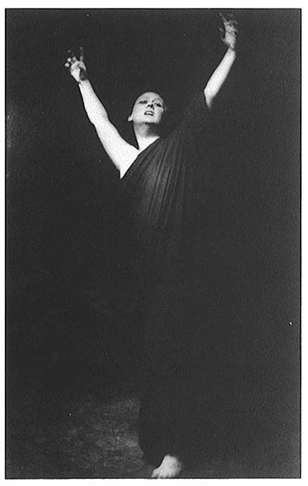 a biography of isadora duncan a famous dancer